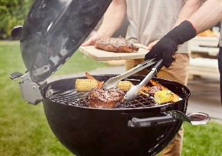 Weber Master-Touch GBS Premium